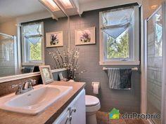 Salle d'eau Alcove, Bathtub, Mirror, Bathroom, Furniture, Home Decor, House 2, Water, Room