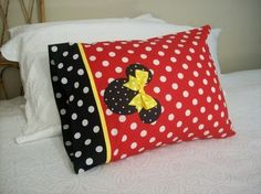 Pillow case ~ Minnie or Mickey Mouse
