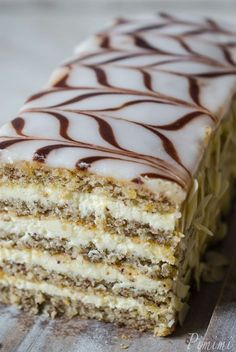 Esterhazy Torta: Hungary cake of thin layers of almond meringue sandwiched with cognac and vanilla buttercream. Baking Recipes, Cake Recipes, Dessert Recipes, Sweets Cake, Cupcake Cakes, Torte Au Chocolat, German Baking, Food Cakes, Let Them Eat Cake