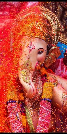 Lord Radha Krishna Love Images Full Size Photo Gallery of Shri God Ganpati Photo Hd, Ganpati Bappa Photo, Shri Ganesh Images, Ganesha Pictures, Krishna Images, Lord Ganesha Paintings, Ganesha Art, Ganesh Pic, Jai Ganesh