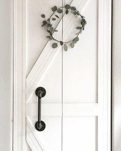 foyer closet door from plain bifold to diy barn/ farmhouse style