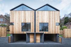 moderne-holzfassade-haus-zedernholz-Cedar-Lodges-Adam-Knibb