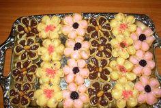 Reteta culinara Floricele din categoria Prajituri. Specific Romania. Cum sa faci Floricele Breakfast, Pictures, Morning Coffee
