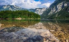 There are many family vacation spots that you can choose, from a zoo until lakes. Here are the recommended vacation spots in the world. Bled Slovenia, Slovenia Travel, Visit Slovenia, Best Family Vacation Spots, Best Vacations, Bohinj, Beau Site, Destinations, Edinburgh