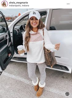 casual gym outfit for women. workout outfits for women gym. Source by seerarrun outfits for winter comfy Cute Fall Outfits, Casual Winter Outfits, Mom Outfits, Winter Fashion Outfits, Look Fashion, Fashion Ideas, Outfit Winter, Winter Workout Outfit, Fall Workout Outfits