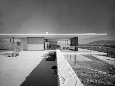 The Inspirational Designs of Greek Architect Nicos Valsamakis http://trends.archiexpo.com/project-241326.html