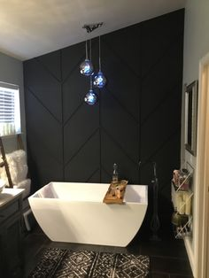 Accent Wall Decor, Bathroom Accent Wall, Bathroom Accents, Black Accent Walls, Black Walls, Herringbone Wall, Bathroom Interior Design, Home Renovation, Home Decor Inspiration