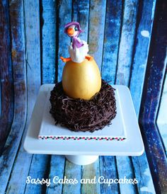 The Goose That Laid The Golden Egg - Cake by Sassy Cakes and Cupcakes (Anna)