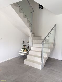 Stairs steel glass stairways ideas for 2019 Tile Stairs, Concrete Stairs, House Stairs, Stairs In Kitchen, Wrought Iron Stair Railing, Rustic Stairs, Escalier Design, Tiny House Loft, Building Stairs