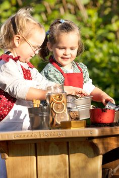Exciting days for busy little chefs.fancy some Christmas pudding? Wishing you a Merry Christmas and a Happy New Year! Outdoor Learning, Outdoor Play, Outdoor Range, Mud Kitchen, Little Chef, Christmas Pudding, Water Play, Learning Through Play, Eyfs