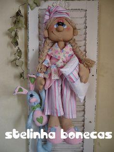Muñecas Stelinha: ludmila y do conejito Sanción