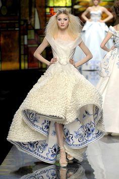 rehanna wedding dress photo