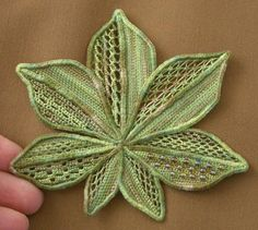 Green needlelace leaf Burlap Flowers, Lace Flowers, Crochet Flowers, Embroidery Leaf, Japanese Embroidery, Crochet Motif, Irish Crochet, Romanian Lace, Bobbin Lacemaking