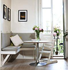 Small dining room ideas. Corner breakfast nook
