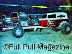 !!!!!! Truck And Tractor Pull, Tractor Pulling, Logging Equipment, Heavy Equipment, Full Pull, Truck Pulls, Farm Toys, Old Tractors, Old School