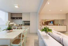 Ambientes integrados decorados de forma – quase — igual Decor, Furniture, Room, Dining, Dining Bench, Living Spaces, Table, Home Decor, Dining Room