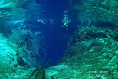 """There's a Tourist Spot in the Philippines Called """"Enchanted River"""". And It's Beautiful As It Sounds."""
