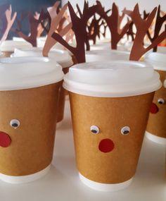 Alle Jahre wieder… kommt bei mir Weihnachten meist so plötzlich, dass jegliche Vorbereitungen, die eigentlich auf das Fest einstimmen sollen, in ungeliebten Stress ausarten. So soll es dieses…