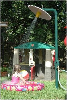 DIY Backyard Flower Shower ~ includes instructions to make this and 3 or 4 other water play stations