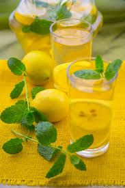5 Detox Water Recipes For Rapid Weight Loss