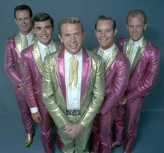 Buck Owens and The Buckaroos Country Music Stars, Old Country Music, Outlaw Country, Country Music Artists, Country Men, Country Singers, Classic Country Artists, Buck Owens, Famous Singers