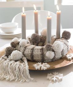 Creative Christmas decoration - DIY Advent wreath ideas %%page%% Christmas Advent Wreath, Winter Christmas, Christmas Crafts, Christmas Decorations, Advent Wreaths, Advent Candles, Navidad Diy, Ideas Navidad, White Candles