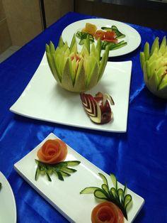 Edible Creations, Serving Bowls, Succulents, Carving, Vegetables, Tableware, Plants, Fruit Carvings, Dinnerware