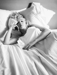 marilyn monroe waking up in the morning