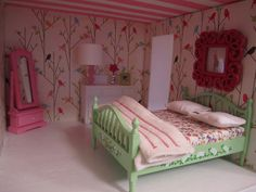Secondhand Home..cute dollhouse bedroom