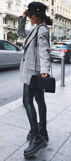 how to wear a plaid blazer : hat bag skinnies boots