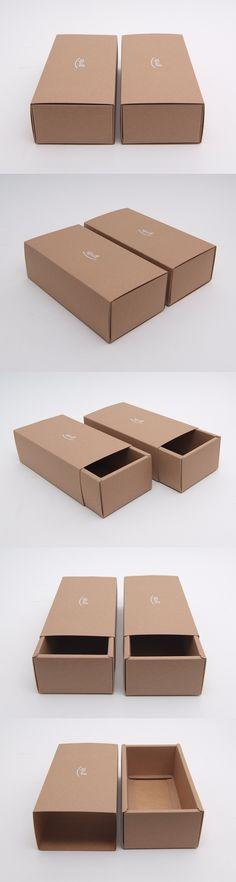 #슬리브형 #조립박스 #그라더스 패키지 #크라프트지 #모아패키지 #패키지샘플 Box Cake, Candy, Printed, Chocolate, Sweet, Toffee, Boxed Cake, Candy Notes, Schokolade