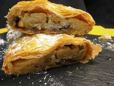 STRUDEL DE MANZANA CON PASTA FILO Dessert Pasta, My Dessert, Dessert Bread, Breakfast Dessert, Sweets Recipes, Apple Recipes, Mexican Food Recipes, Healthy Recipes, Recetas Pasta Filo
