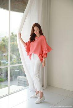 Korean Women`s Fashion Shopping Mall, Styleonme. Office Fashion, Trendy Fashion, Plus Size Fashion, Fashion Models, Womens Fashion, Romantic Fashion, Hijab Fashion, Fashion Dresses, Dress Over Pants