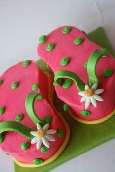Cute Cake For Luau/Summer Beach Party!