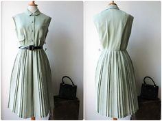 Dress 50s 60s unworn lime green pleated size by GoodyGoodyBerlin