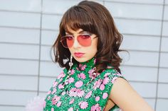 British pop star Charli XCX channels her inner diva as the face of Marc Jacobs Eyewear's spring-summer 2018 campaign. The 'Boom Clap' singer appears in a… Charli Xcx, Marc Jacobs Eyewear, Boom Clap, Celebs, Celebrities, Spring Summer 2018, Fashion Shoot, Supermodels, Floral Tops