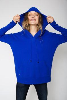 The Hoodie Cashmere Sweater in Cobalt Blue Cashmere Hoodie, Sweater Hoodie, Cashmere Sweaters, Uk Size 16, Cobalt Blue, Looks Great, Zip, Hoodies, Denim