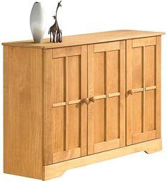 Das Sideboard, 3-türig. Aus FSC®-zertifiziertem, massivem Kiefernholz. Hinter der linken und der mittleren Tür ein durchgängiger, verstellbarer Einlegeboden, Fachinnenmaße (B/T/H): 66/44/70 cm. Rechts hinter der Tür ein verstellbarer Einlegeboden, Fachinnenmaße (B/T/H): 34/30/70 cm. Alle Maße sind ca. Maße. Außenmaße (B/T/H): 120/35/79 cm.   Artikeldetails:  Im modernen Landhaus-Design, Außenma...
