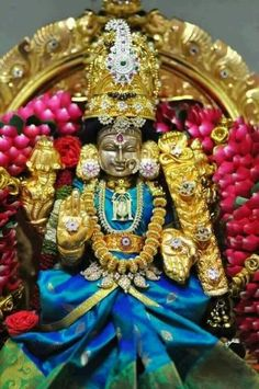 Lord Durga, Durga Maa, Tara Goddess, Goddess Lakshmi, Shiva Parvati Images, Bridal Eye Makeup, Lord Shiva Family, Lord Vishnu Wallpapers, Indian Rangoli
