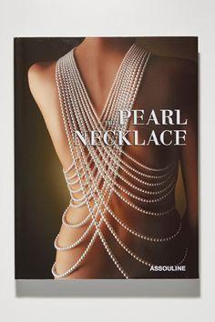 パールネックレスの魅力が詰まった書籍THE PEARL NECKLACEが発売