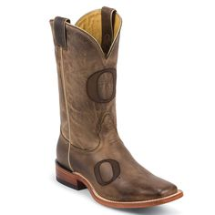 I need these in a women's size.  Go Ducks!  Nocona Men's University of Oregon Branded College Boots Western Boots For Men, Oregon Ducks Football, University Of Oregon, Boot Shop, Winter Wear, College Football, Cowboy Boots, My Style, Clever
