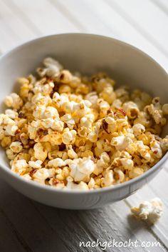 Mal was anderes: habt ihr schon dieses spicy gewuerzte #Popcorn gekostet? Der Filmabend darf nun beginnen :) #GewürtzesPopcorn #SpicyPopcorn