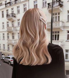 hair inspo # peinados largos, NEW DIORK # diork No Heat Hairstyles, Long Bob Hairstyles, Pretty Hairstyles, Hairstyle Ideas, Medium Hairstyle, Hair Medium, Formal Hairstyles, Hairstyles 2018, School Hairstyles