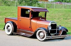 For Mikael Bjork of Ankarsvik, Sweden, wanting to build a custom 1928 Ford hot rod pickup meant having to deal with sourcing a buildable… Rat Rod Pickup, Old Pickup Trucks, Hot Rod Trucks, New Trucks, Cool Trucks, Chevy Trucks, Dually Trucks, Custom Trucks, Classic Hot Rod
