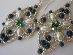 Earrings with Swarovski Pearls and bicones . DIY . Серьги из бисера и Сваровских кристаллов - YouTube