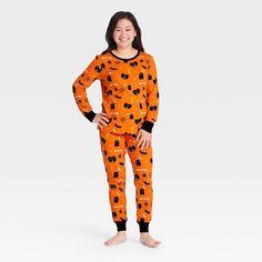 Family Pajama Sets, Matching Family Pajamas, Halloween Pajamas, Womens Pyjama Sets, Black Silhouette, Fitness Fashion, Snug Fit, Long Sleeve Tees, Pajama Pants