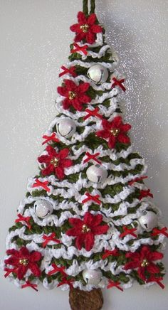 Crochet Christmas Tree, by Jerre Lollman