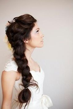 Love her hair! updo so many awesome hair styles for long hair. How To Styling a High Chignon Love Hair, Great Hair, Gorgeous Hair, Amazing Hair, Braided Hairstyles For Wedding, Pretty Hairstyles, Style Hairstyle, Braid Hairstyles, Hairstyle Wedding