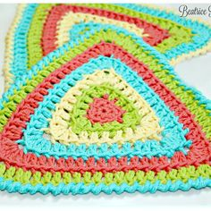 Totally Triangle Dishcloth… Free Crochet Pattern!