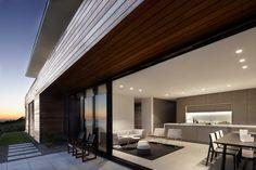 Lamble Residence. Architects: Smart Design Studio; location: South Coast, NSW, Australia; Photo: Sharrin Rees; year: 2013